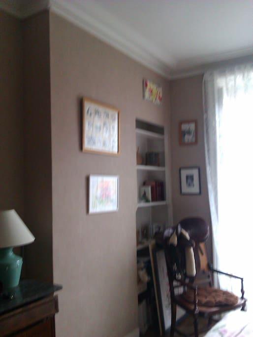 chambre spacieuse double appartements louer nantes pays de la loire france. Black Bedroom Furniture Sets. Home Design Ideas