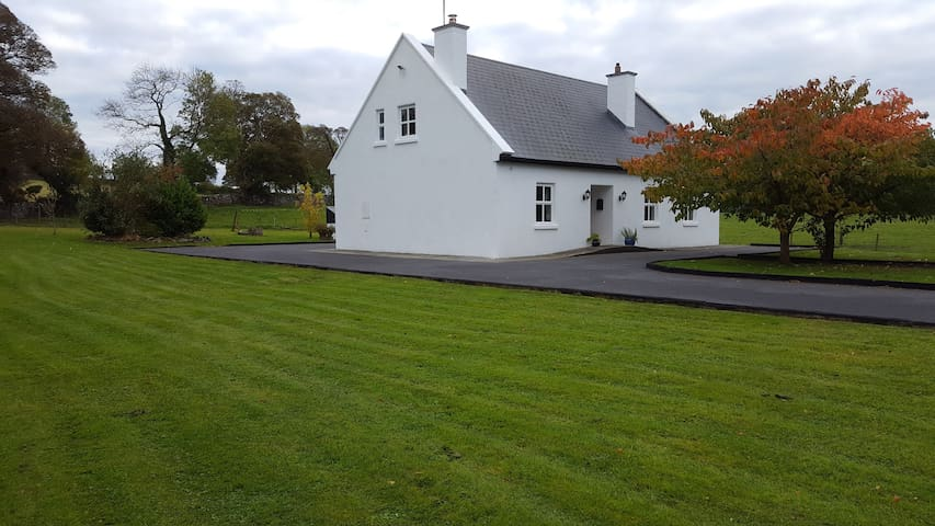 Traditional Irish Cottage West of Ireland - Mayo - Srub