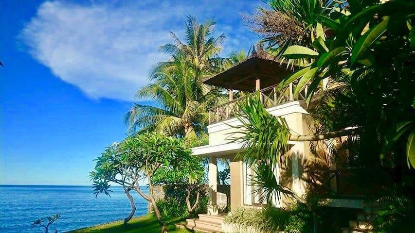 Sembiran Beach 7 Seafront Private Villa