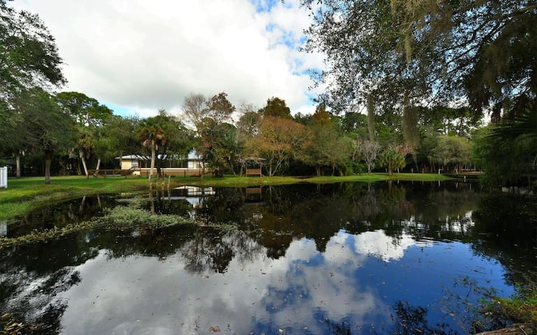 OUR POND VIEW HOME OVERLOOKING OUR LOVELY POND!