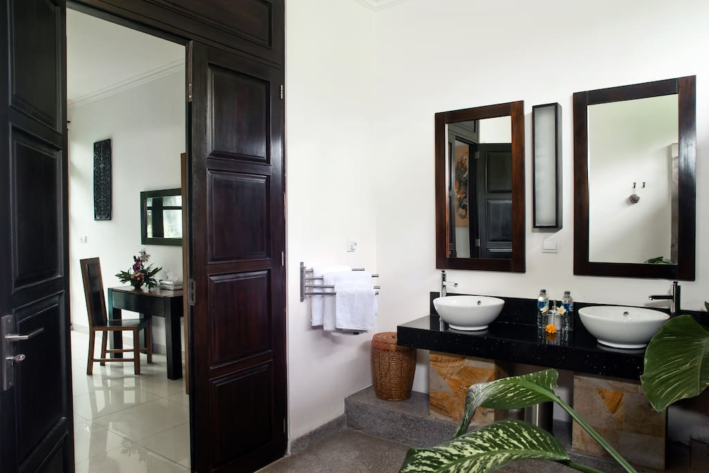 ensuite bathrooms for each bedroom