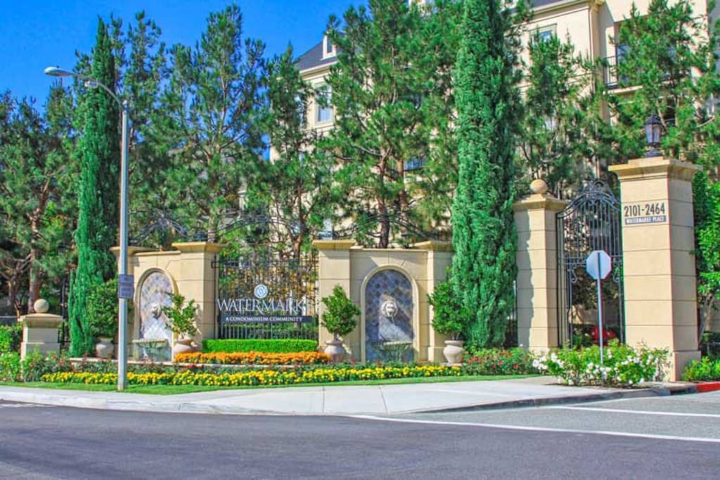 Apartment Within 5 Secure Resort Apartments For Rent In Irvine California United States