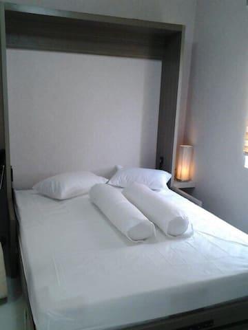 15 mnt from Soekarno Hatta APT (One Room/No Brfst)