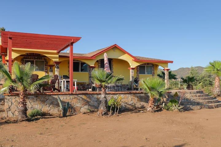 Rincon del Valle Villa con Alberca en la Ruta Vino