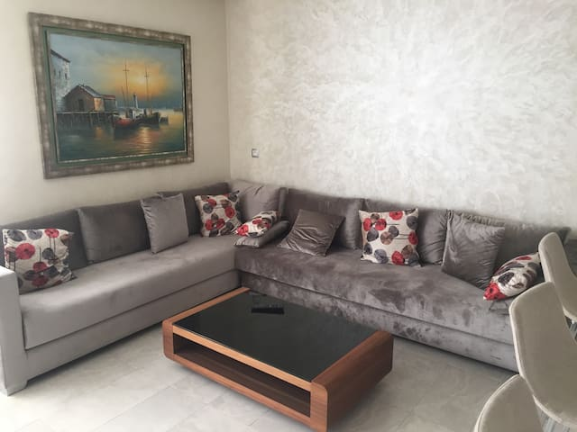 Cozy Appartement à Marbella Beach/Mansouria piscin