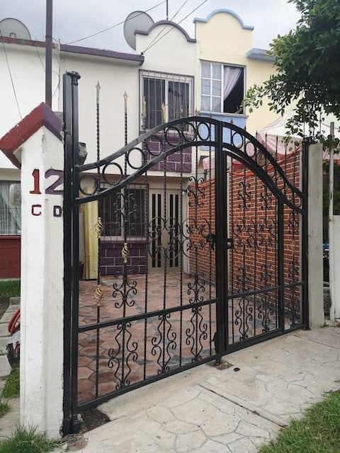Cómoda Casa en Coacalco