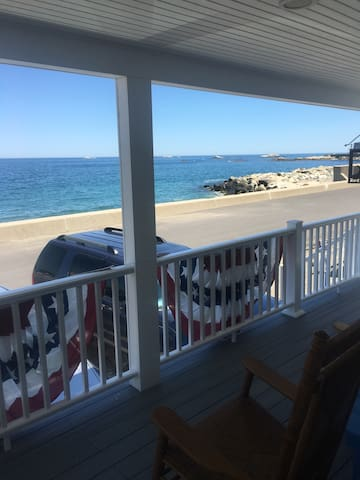 Beautiful Oceanfront Home - Scituate - House