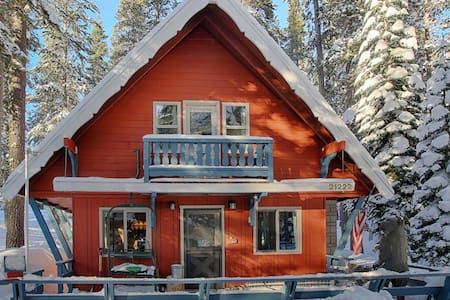 Sugar Pine Chalet - cozy cabin near Sugar Bowl - Soda Springs - Chatka w górach
