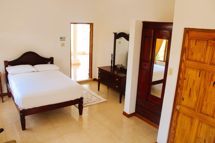 Barhanna Vista Lodge - Penthouse Room