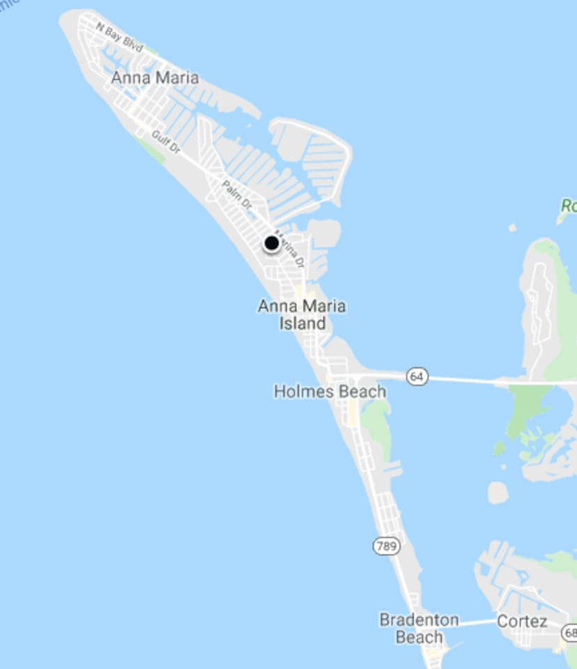 Great location mid Island (black dot) About halfway between the north end of Anna Maria and southern end of Bradenton Beach. Quick walk to the beach (65th St access very secluded), but golf cart gets you around entire island in easily!