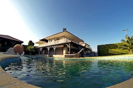 Роскошная вилла с бассейном в Халкидиках, Греция - Halkidiki - Villa