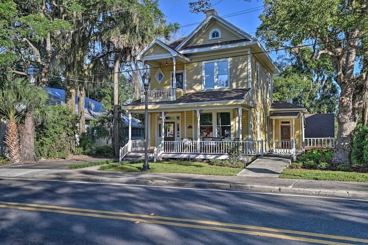 Restored Historic Home in Downtown Ocala w/ Deck!