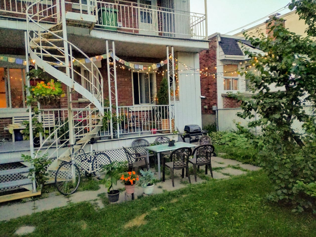 The backyard where you can have dinners, barbecues or just enjoy the sun and chill on the patio.