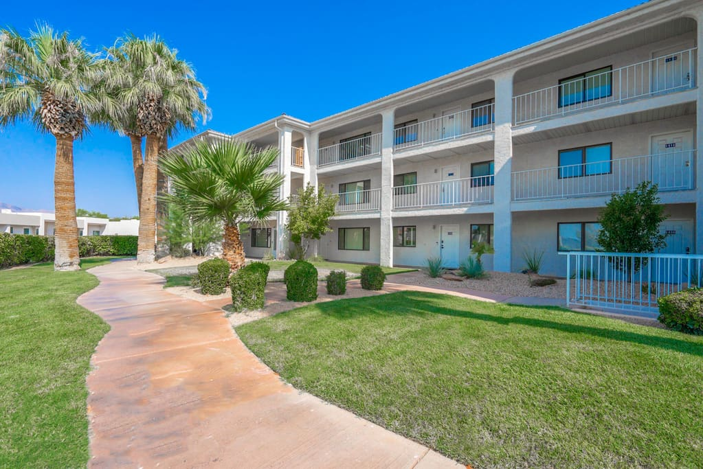View from the hot parking lot of the short distance you have until your inside the cool, comfortable condo, unit 1424!