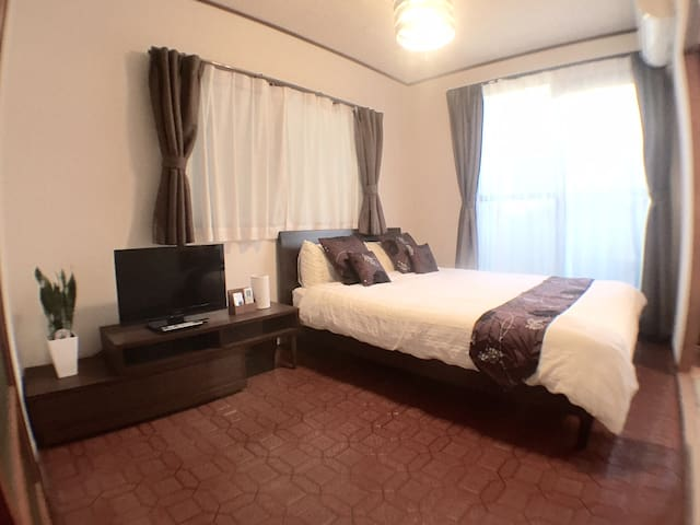 3 bedroom Family room up to 6 pax mobile WIFI - Hiroshima