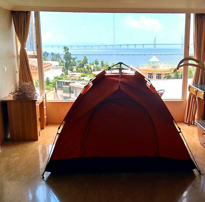 港珠澳大橋海景帳篷(一个帐篷,帶空調,洗手间,可住3人,和房东及其它客人合住一套房)