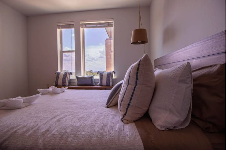 Extended Stay | Zilker Park | Close to Downtown