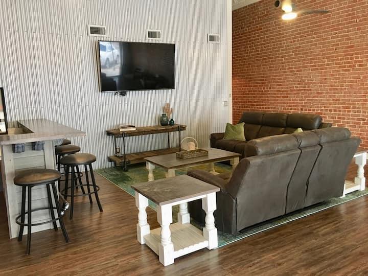 Rattlesnake Lodge - Guest Room 2