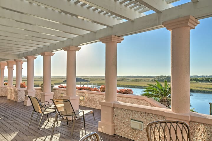 NEW! 4BR Wrightsville Beach House w/Private Pier!