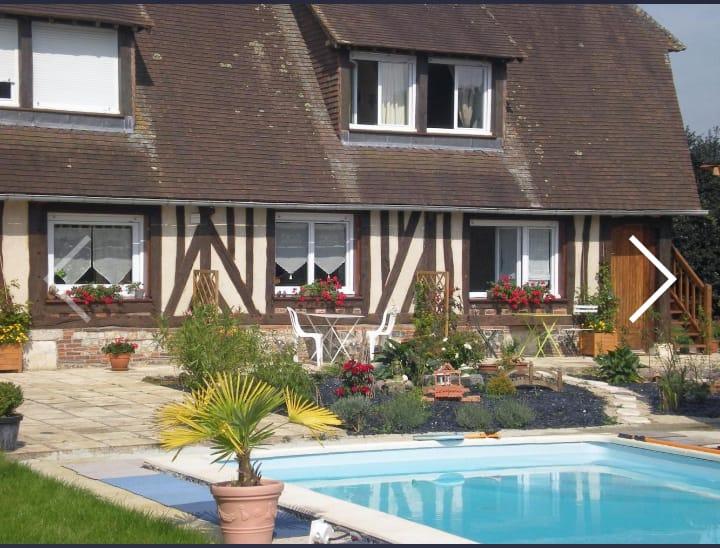 Le  cottage la maison melidine chambre piscine spa