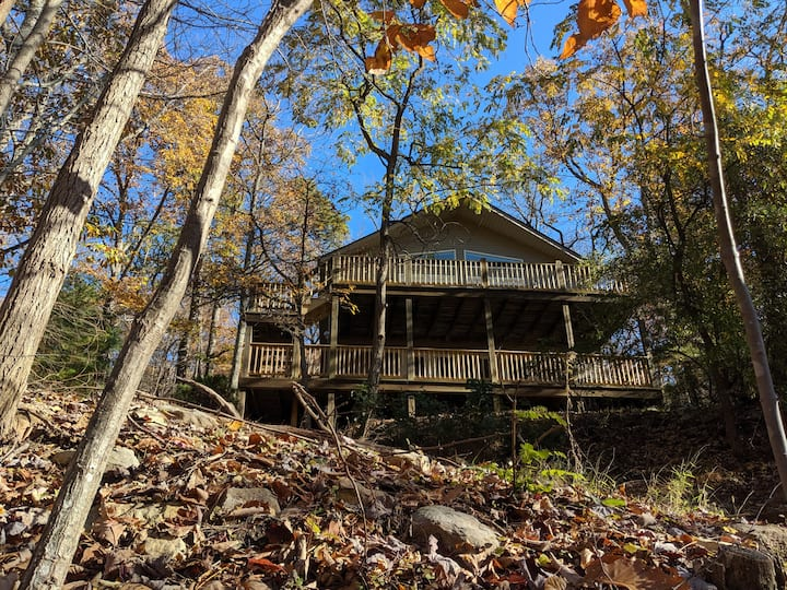 Massanutten Fall Refuge - Enjoy Time with Family