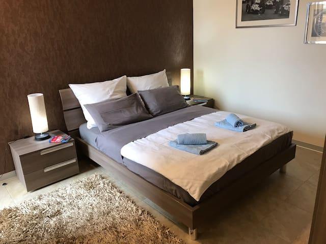 1. Schlafzimmer,  1. Bedroom