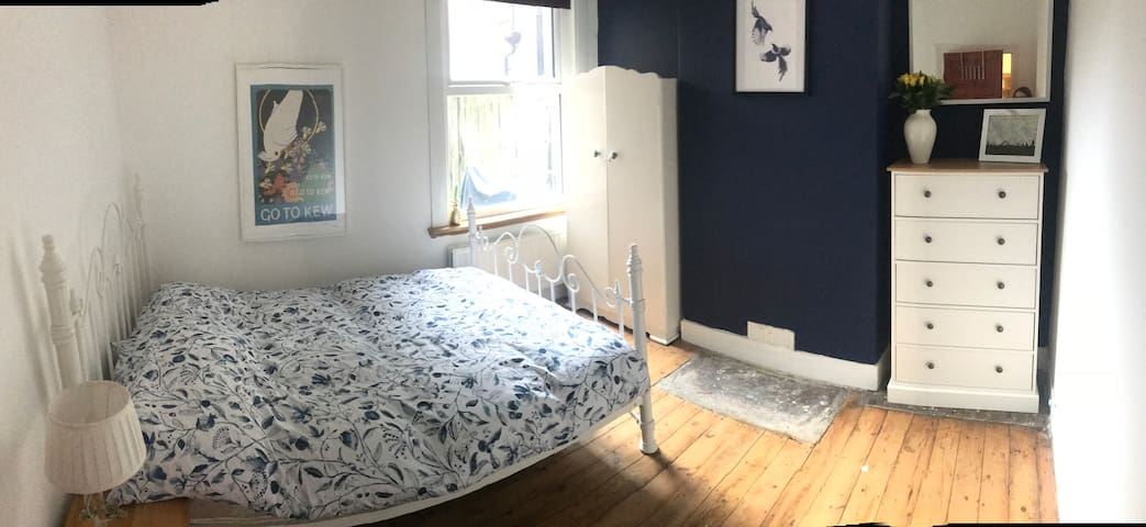 Cosy double in Walthamstow
