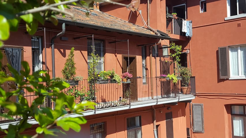 "Apartment in ""Porta Romana"" very nice area - Milaan - Appartement"