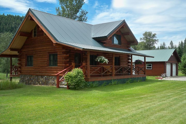 Montana Lake Creek Vacation Rental - Troy - House