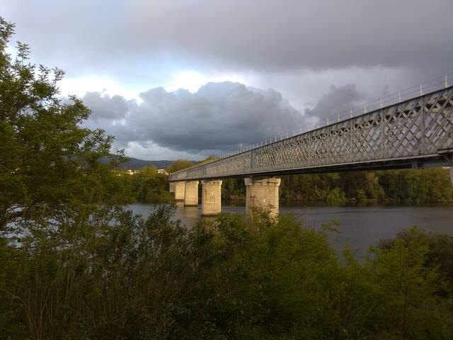 Puente Internancional