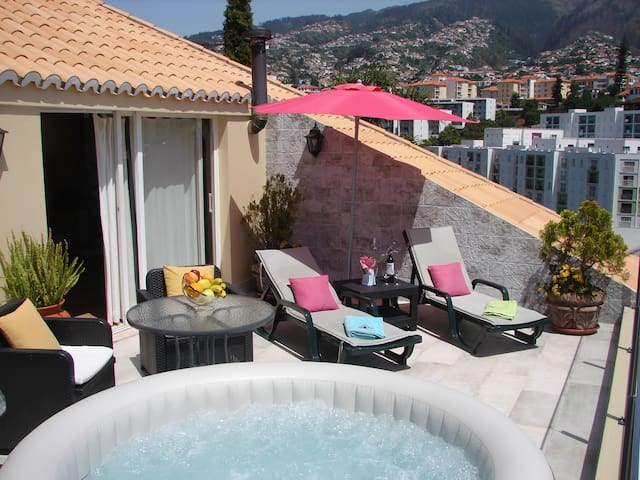 HOT TUBE in a fantastic balcony,  totally private