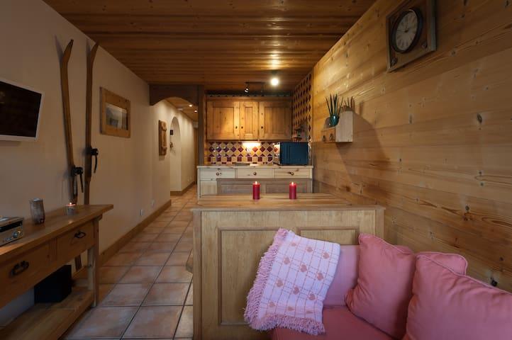 Super appt, piscine, sauna, wifi pour un hiver zen - Champagny-en-Vanoise - Lejlighed