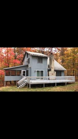 Bratton Getaway - Lehman township - Huis