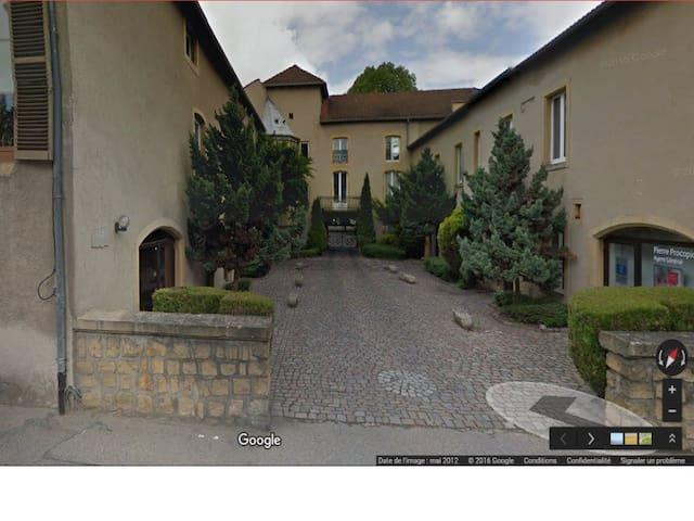 Le manoir de Longeville les Metz - Longeville-lès-Metz