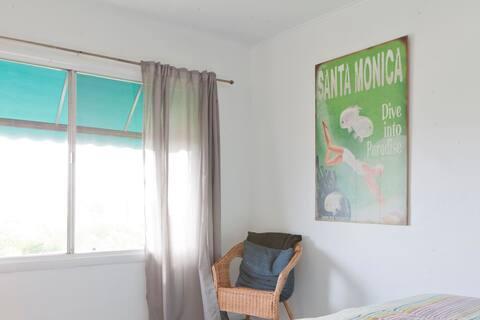 Beautiful Malibu / Santa Monica Beach Studio