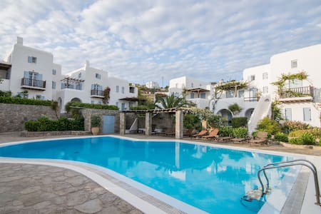 Villa Pleiades, near Ornos beach - Haus