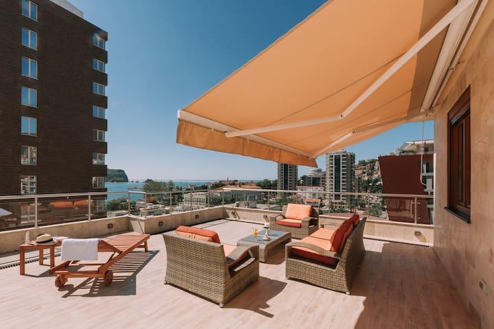 Terrace Studio Apartment 4