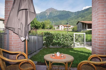 Holiday apartment with 1 bedroom on 50m² in Colico (LC)