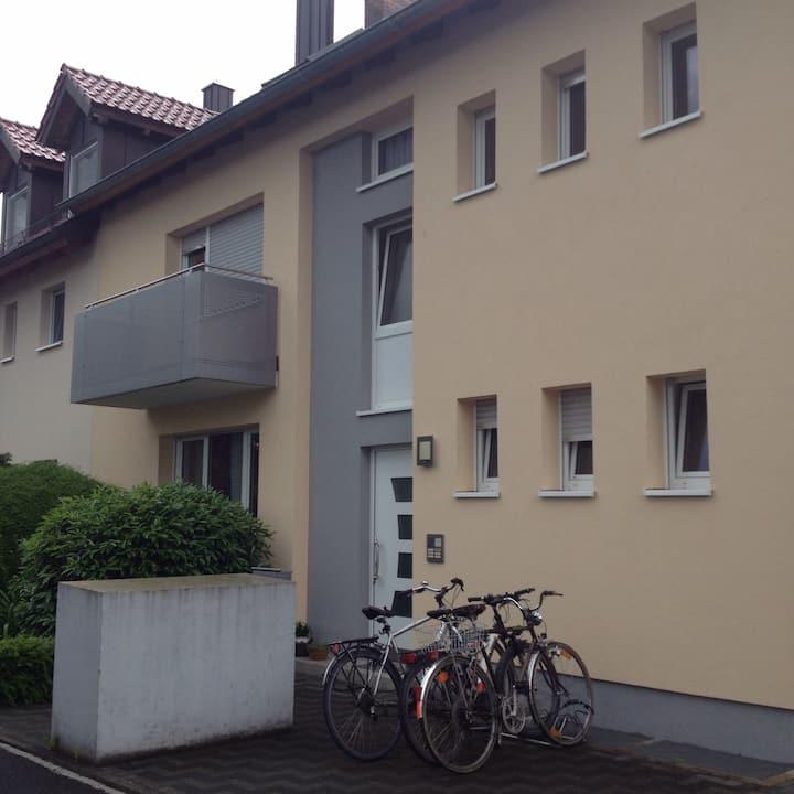 Gegenüber Leopoldina Krankenhaus/SW