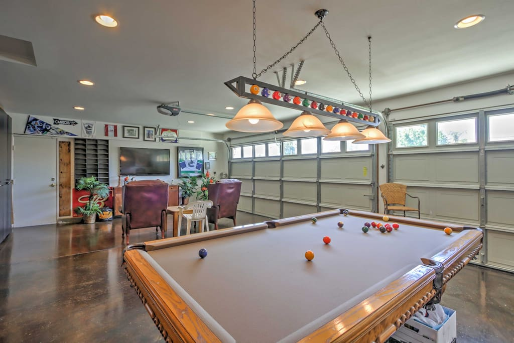 Perfect for entertaining and relaxing, this home features a spacious game room packed with fun-filled activities.