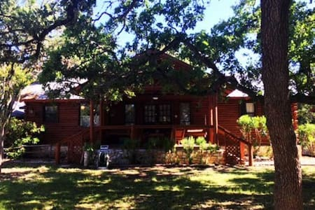 Top 20 Canyon Lake Cottages To Rent And Holiday Cottage
