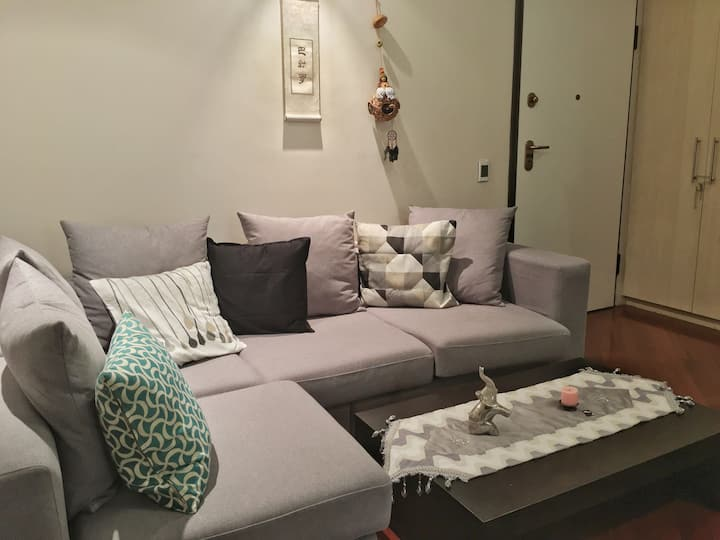Apartamento full equipado en sector Tribuna Shyris
