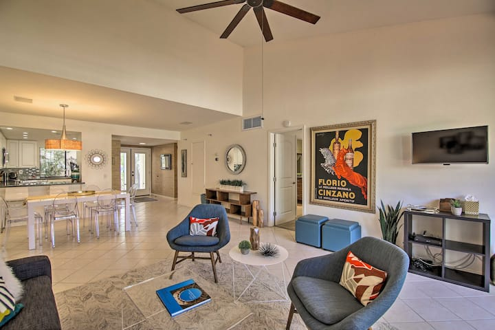NEW! Modern Palm Springs Townhome - Steps to Pool!