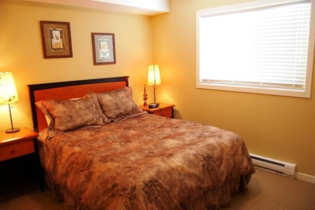 The bedrooms contain comfortable beds