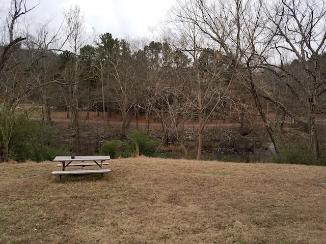 2 Bedroom Creekside Retreat near Mt. Magazine - #3