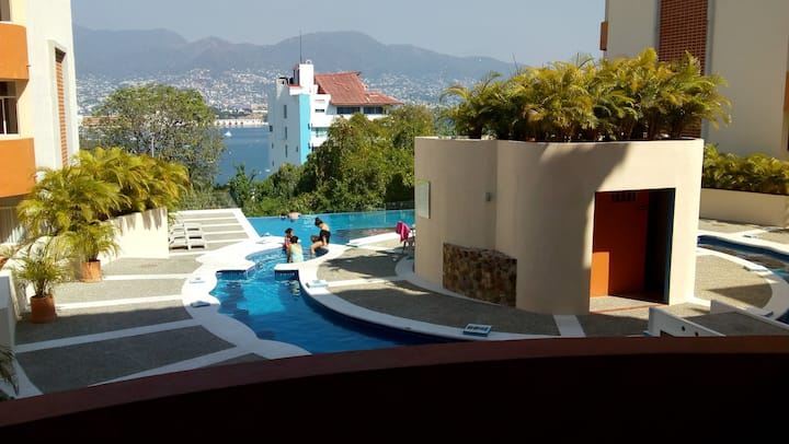Depto en Acapulco con espectacular alberca