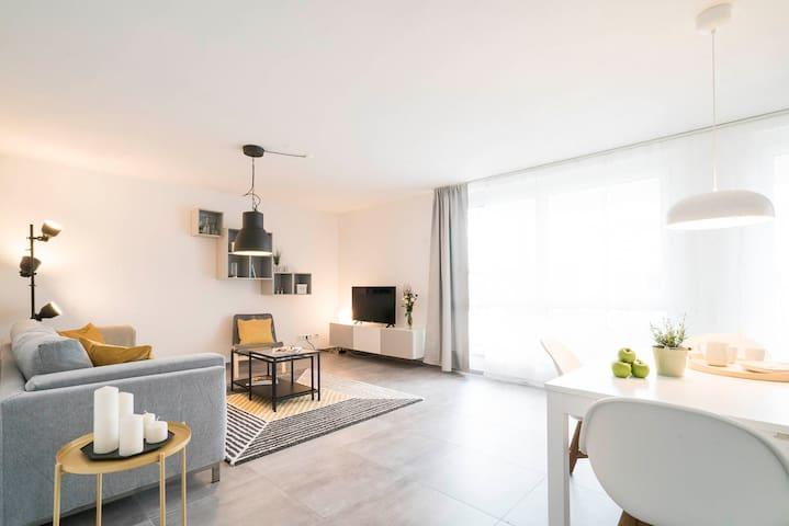 Wohnen auf Zeit & Ferien in Wehr - Apartment Gelb