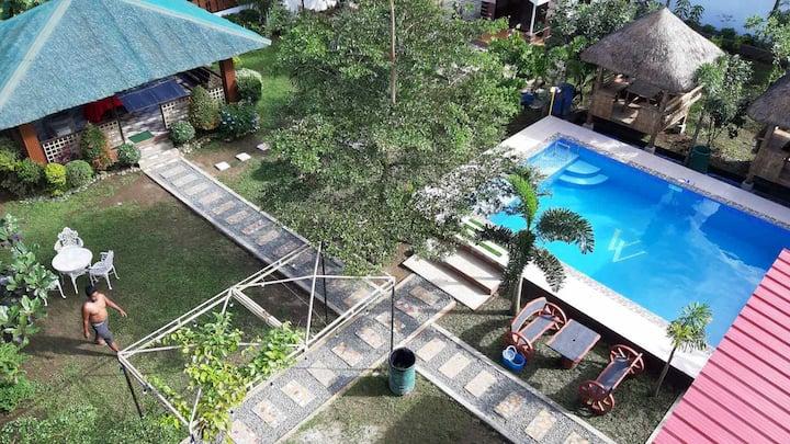 Villa Veronica Tagaytay