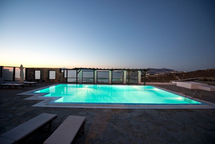 Superior Mykonian Sea View Suite with Pool