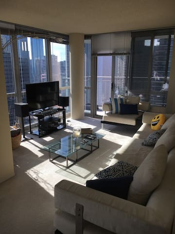 360 View Downtown Luxury Apartment - Chicago - Apartment